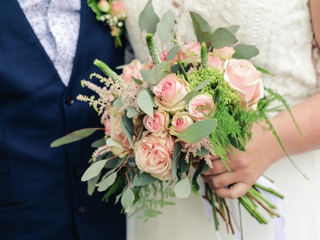 Le mariage de Julien et Coralie à Hazebrouck, Nord 42