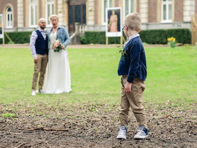 Le mariage de Julien et Coralie à Hazebrouck, Nord 75