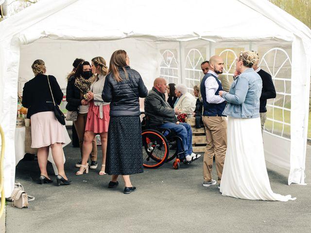 Le mariage de Julien et Coralie à Hazebrouck, Nord 110