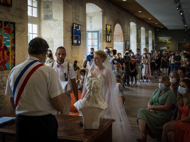 Le mariage de Will et Nina à Saint-Antonin-Noble-Val, Tarn-et-Garonne 15