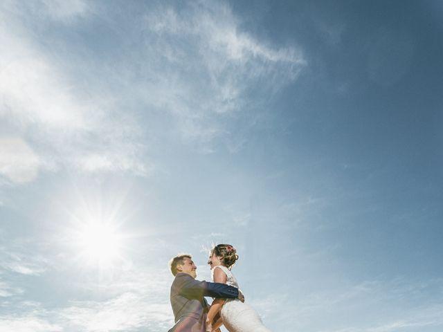 Le mariage de Robin et Laura à Servian, Hérault 47