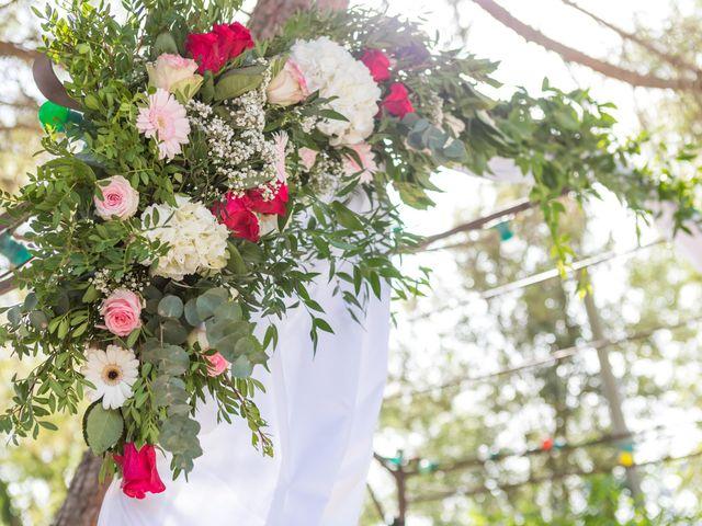 Le mariage de Robin et Laura à Servian, Hérault 96
