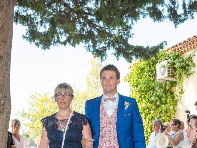 Le mariage de Robin et Laura à Servian, Hérault 63