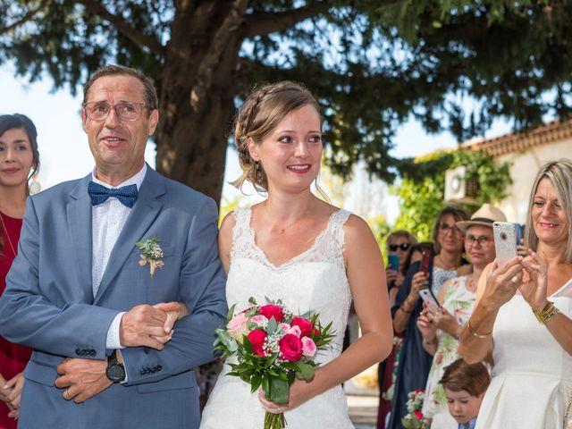 Le mariage de Robin et Laura à Servian, Hérault 65