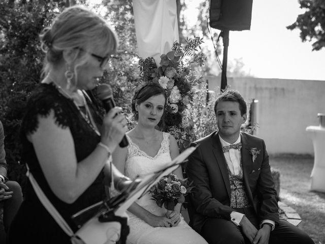 Le mariage de Robin et Laura à Servian, Hérault 74