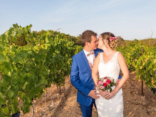 Le mariage de Robin et Laura à Servian, Hérault 60