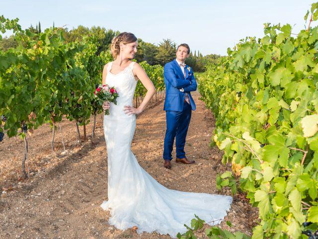 Le mariage de Robin et Laura à Servian, Hérault 62