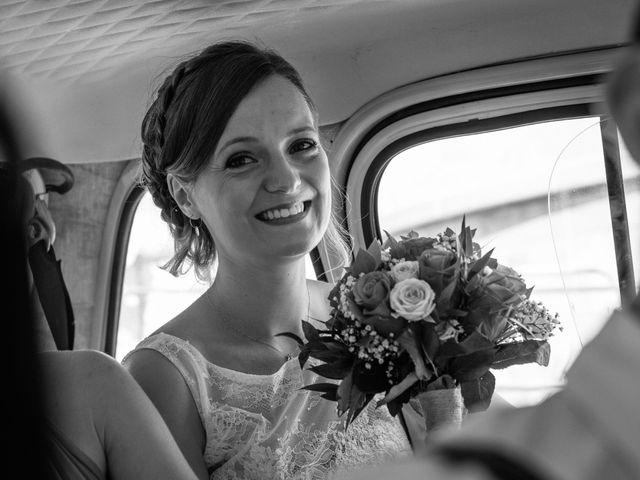 Le mariage de Robin et Laura à Servian, Hérault 20