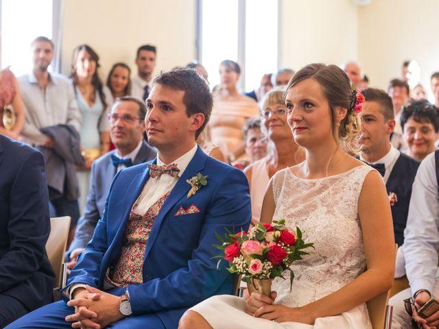 Le mariage de Robin et Laura à Servian, Hérault 25