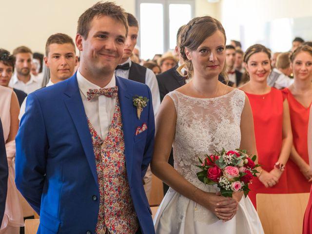 Le mariage de Robin et Laura à Servian, Hérault 26