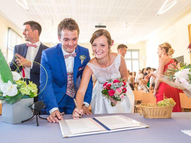 Le mariage de Robin et Laura à Servian, Hérault 29