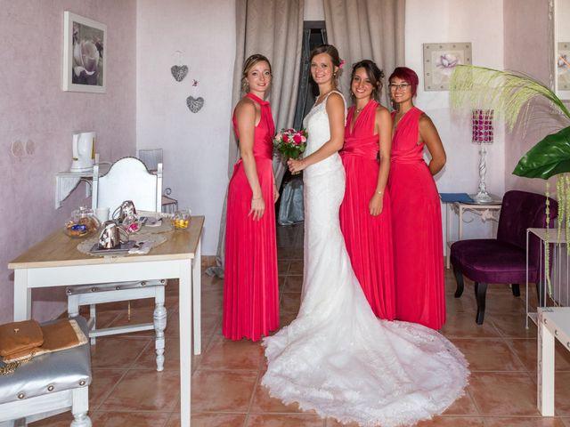 Le mariage de Robin et Laura à Servian, Hérault 42