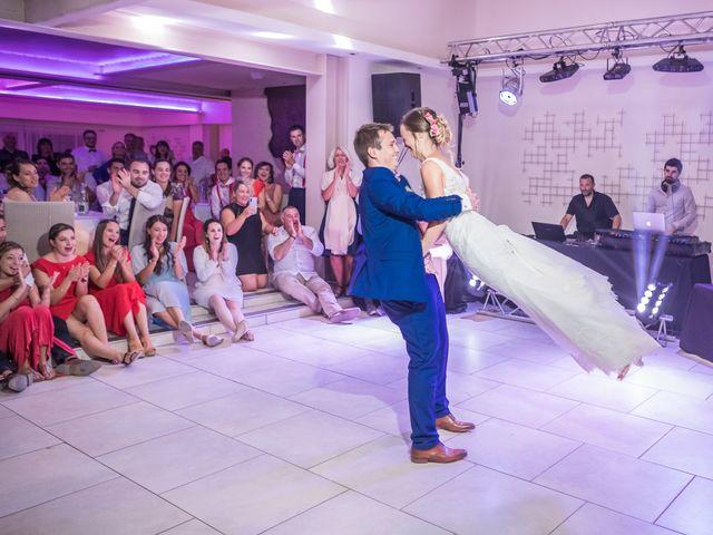 Le mariage de Robin et Laura à Servian, Hérault 117