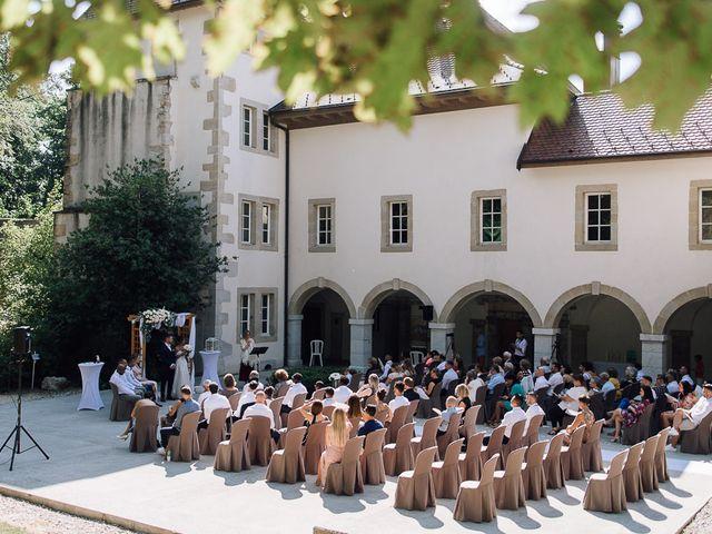 Le mariage de Arold et Vanessa à Saint-Julien-en-Genevois, Haute-Savoie 16