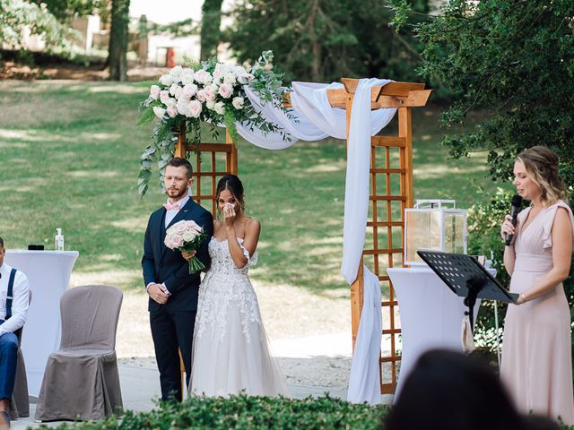 Le mariage de Arold et Vanessa à Saint-Julien-en-Genevois, Haute-Savoie 22