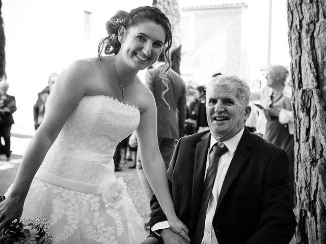 Le mariage de Bertrand et Céline à Grillon, Vaucluse 17