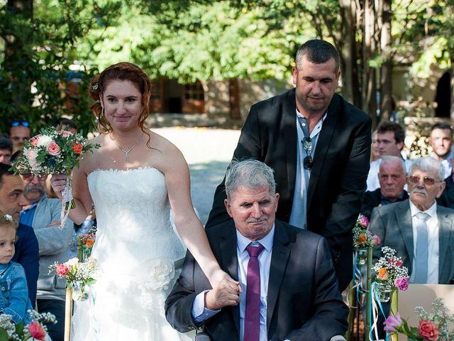 Le mariage de Bertrand et Céline à Grillon, Vaucluse 21