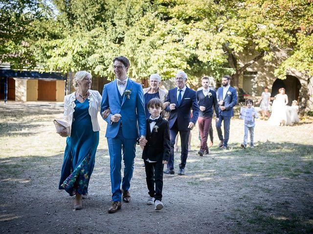 Le mariage de Bertrand et Céline à Grillon, Vaucluse 24
