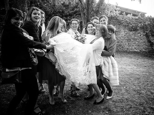 Le mariage de Bertrand et Céline à Grillon, Vaucluse 32