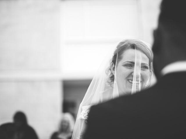 Le mariage de Oualid et Stephanie à Salon-de-Provence, Bouches-du-Rhône 10