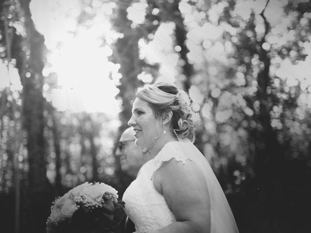 Le mariage de Oualid et Stephanie à Salon-de-Provence, Bouches-du-Rhône 16