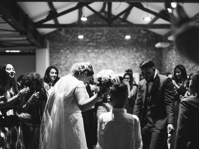 Le mariage de Oualid et Stephanie à Salon-de-Provence, Bouches-du-Rhône 43