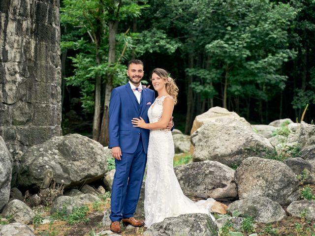 Le mariage de Nicolas et Delphine à Jaujac, Ardèche 11