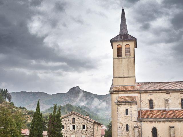 Le mariage de Nicolas et Delphine à Jaujac, Ardèche 19
