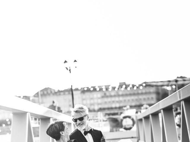 Le mariage de Jean-Philippe et Sandrine à Bordeaux, Gironde 23