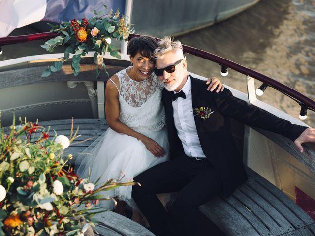Le mariage de Jean-Philippe et Sandrine à Bordeaux, Gironde 24