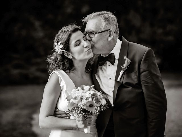 Le mariage de Bharat et Sorina à Santeny, Val-de-Marne 32