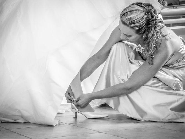 Le mariage de Laurent et Emilie à Monchecourt, Nord 20