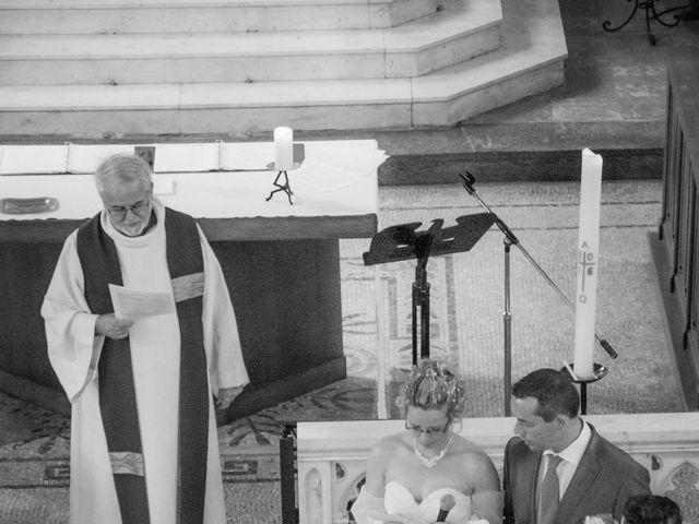 Le mariage de Laurent et Emilie à Monchecourt, Nord 68
