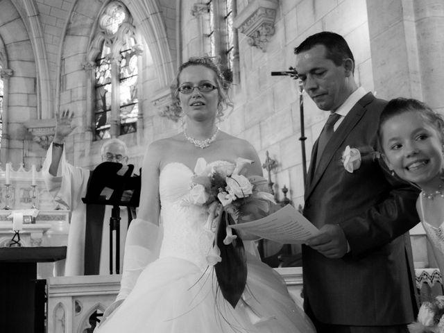 Le mariage de Laurent et Emilie à Monchecourt, Nord 71