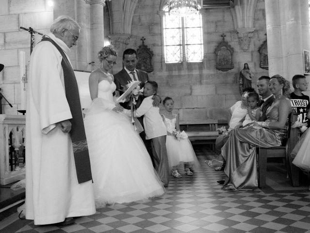 Le mariage de Laurent et Emilie à Monchecourt, Nord 77