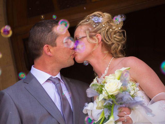 Le mariage de Laurent et Emilie à Monchecourt, Nord 85