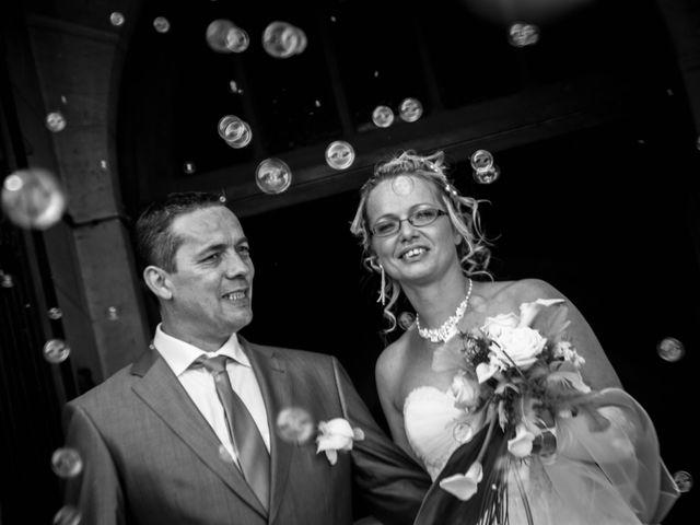 Le mariage de Laurent et Emilie à Monchecourt, Nord 86