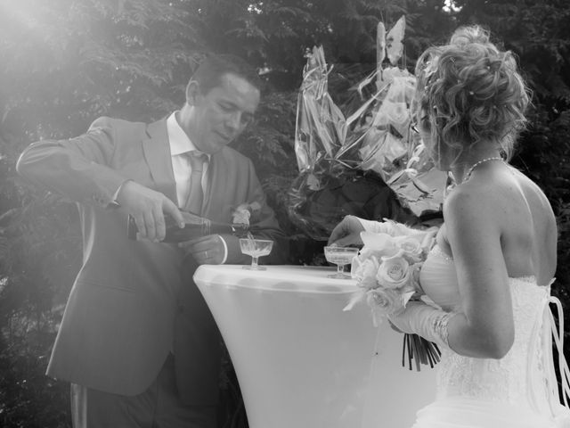 Le mariage de Laurent et Emilie à Monchecourt, Nord 100