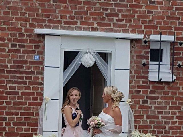 Le mariage de Samuel  et Emilie à Hasnon, Nord 5