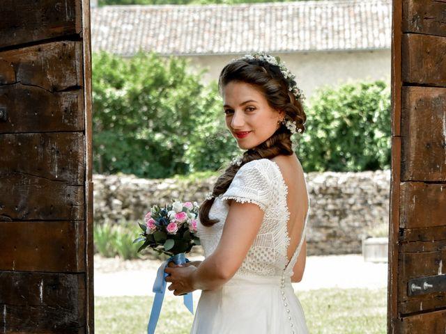 Le mariage de Hugo et Marlène à Fontaine-le-Comte, Vienne 1