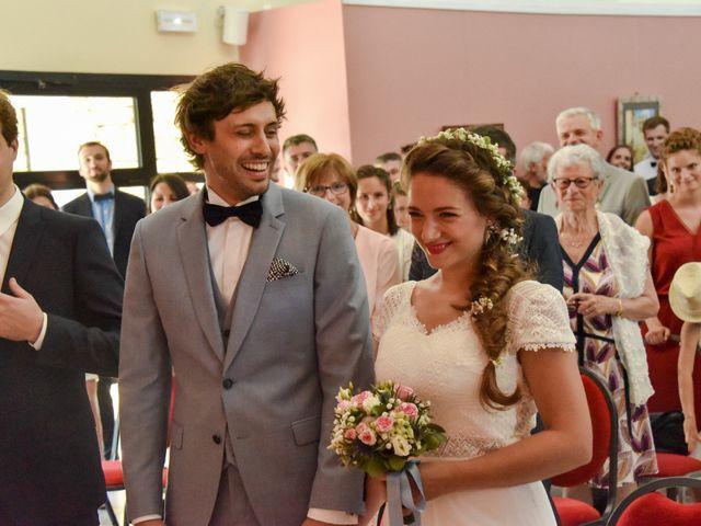 Le mariage de Hugo et Marlène à Fontaine-le-Comte, Vienne 25