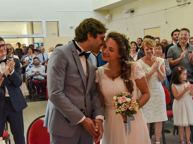 Le mariage de Hugo et Marlène à Fontaine-le-Comte, Vienne 26