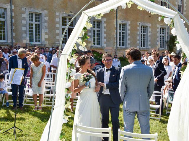 Le mariage de Hugo et Marlène à Fontaine-le-Comte, Vienne 37