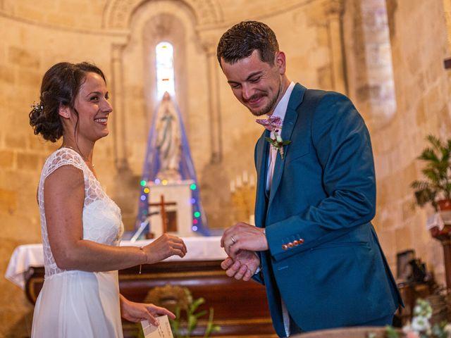 Le mariage de Benjamin et Adeline à Saint-Christophe-des-Bardes, Gironde 16