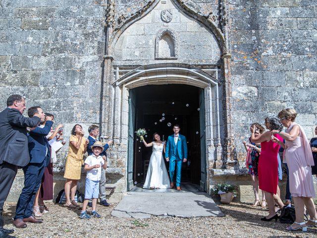 Le mariage de Benjamin et Adeline à Saint-Christophe-des-Bardes, Gironde 19