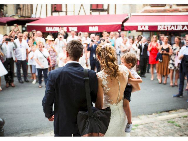 Le mariage de Julien et Laurence à Bergerac, Dordogne 15