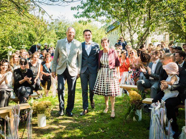Le mariage de Florent et Amélie à Châteauneuf-sur-Sarthe, Maine et Loire 28