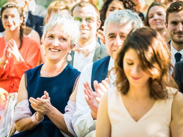 Le mariage de Florent et Amélie à Châteauneuf-sur-Sarthe, Maine et Loire 35