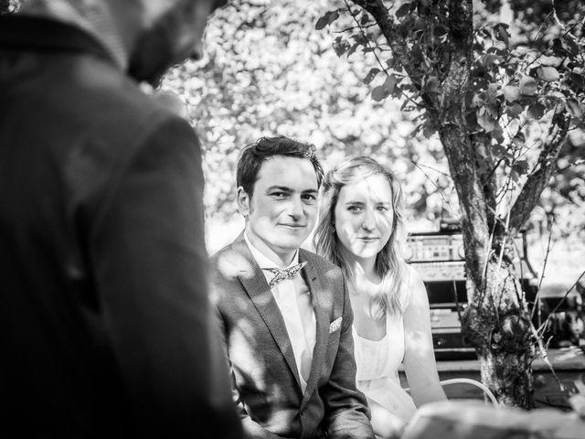 Le mariage de Florent et Amélie à Châteauneuf-sur-Sarthe, Maine et Loire 37