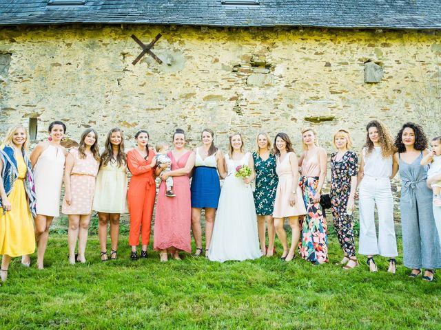 Le mariage de Florent et Amélie à Châteauneuf-sur-Sarthe, Maine et Loire 47
